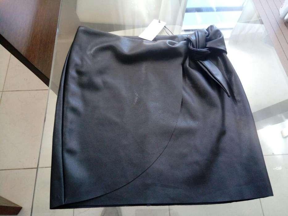 31c5597382 Las faldas  Ropa y Calzado en venta en Perú