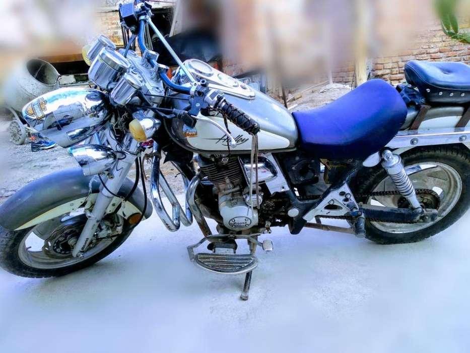 Moto Maverick Halley 200