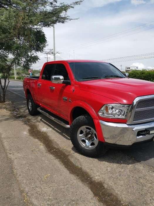 Dodge Ram 2011 - 135000 km