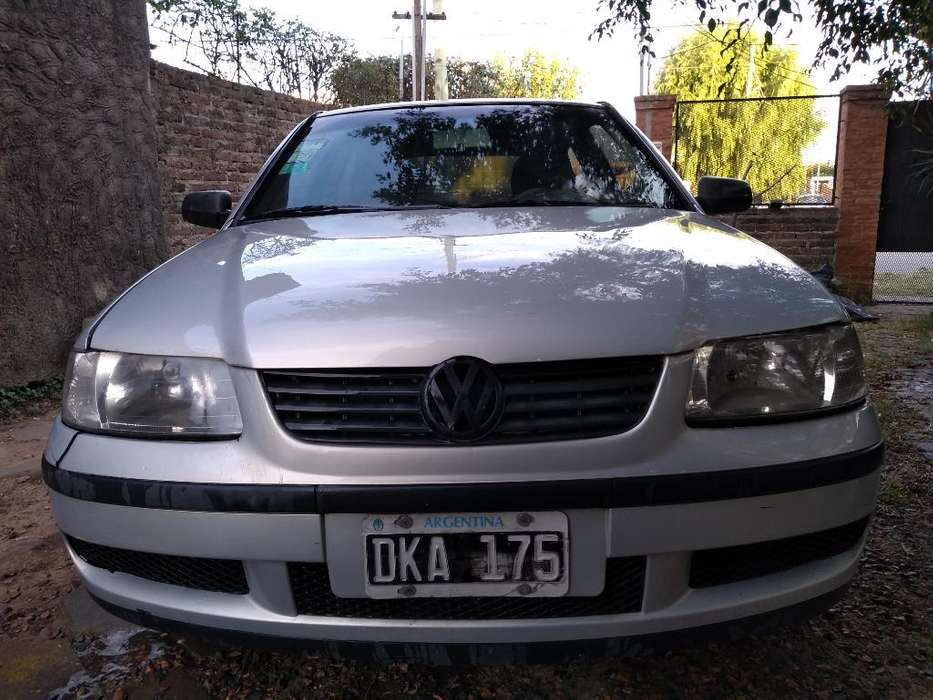 Volkswagen Gol 2001 - 180000 km