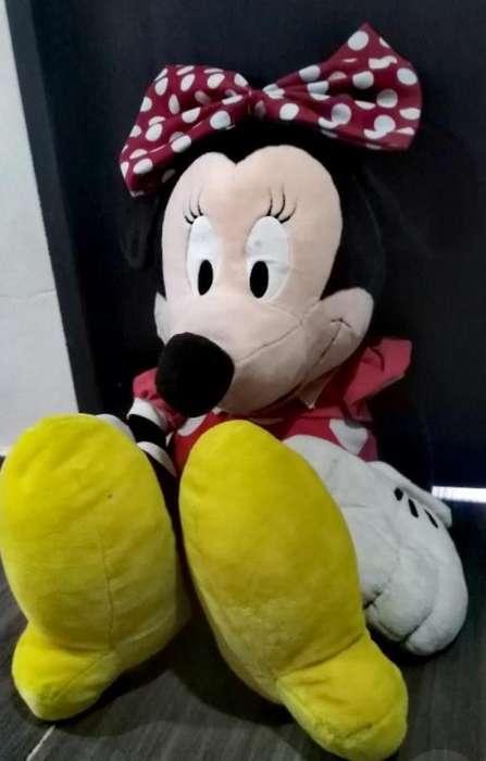 Muñeca Minnie Grande