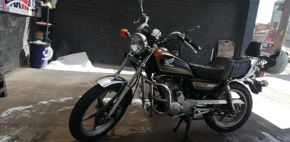 Vendo Moto Honda V-men