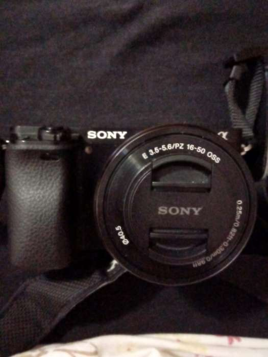 Camra Digital Sony Ilce-6000