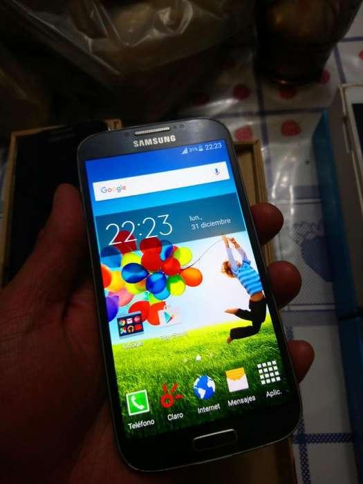Samsung Galaxy S4 en Caja Completo Claro