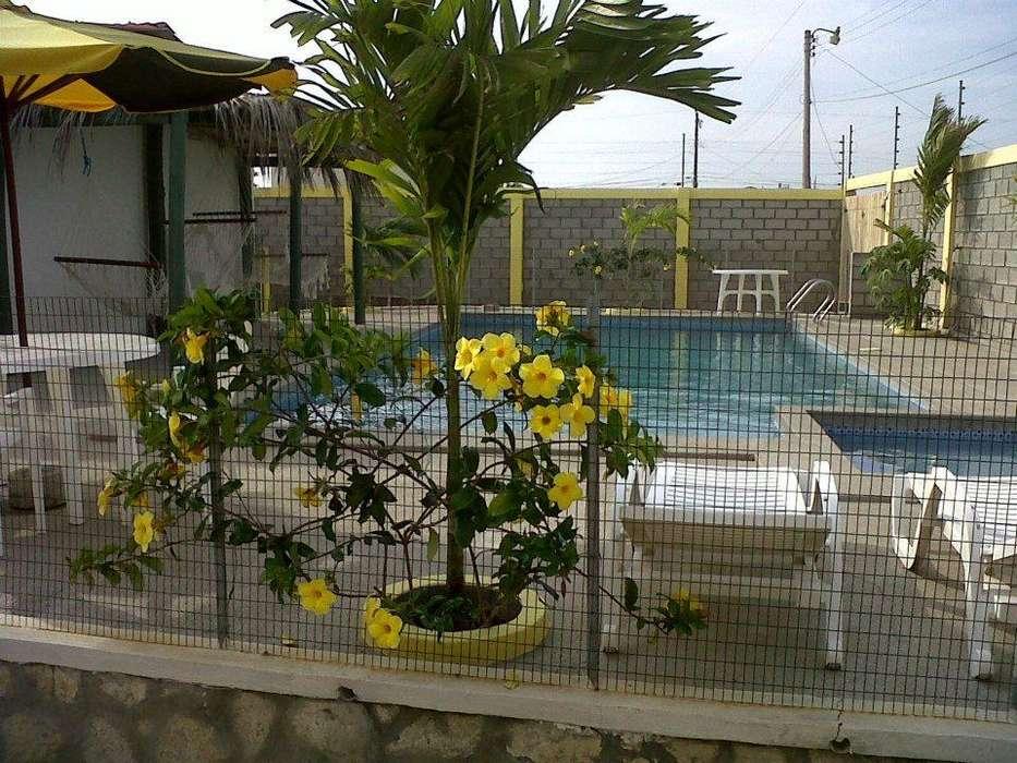 Arriendo alquilo casa en Villamil Playas con Piscina