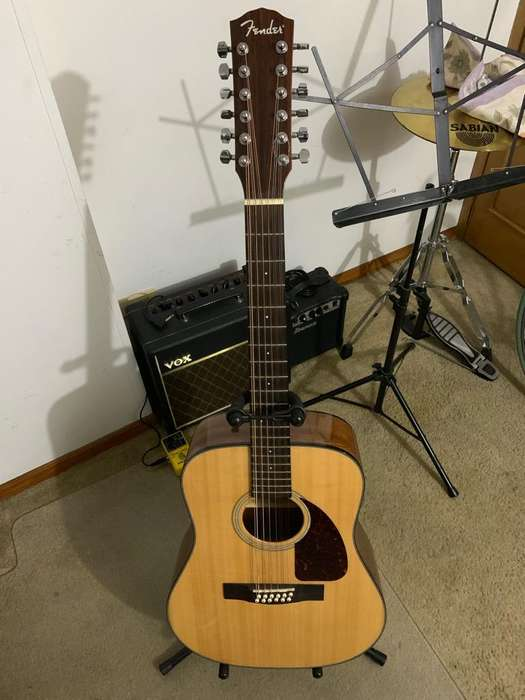 <strong>guitarra</strong> 12 Cuerdas Fender