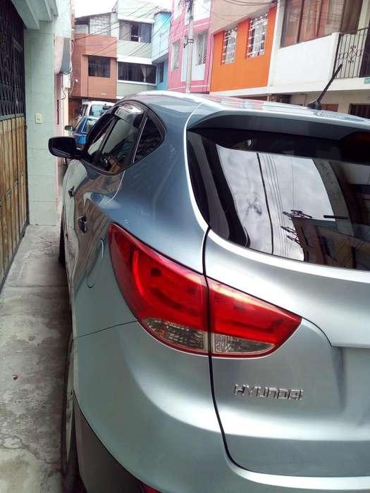 Hyundai Tucson 2011 - 140000 km