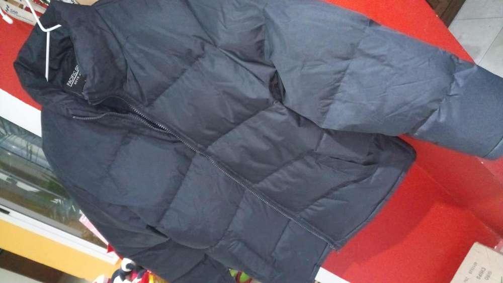 CAMPERA DE <strong>abrigo</strong> TALLE 14.muy buena. AMPLIA