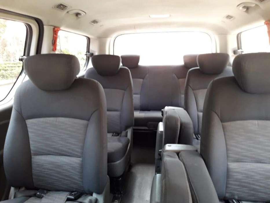 Microbus Hyundai H1 Servicio Especial