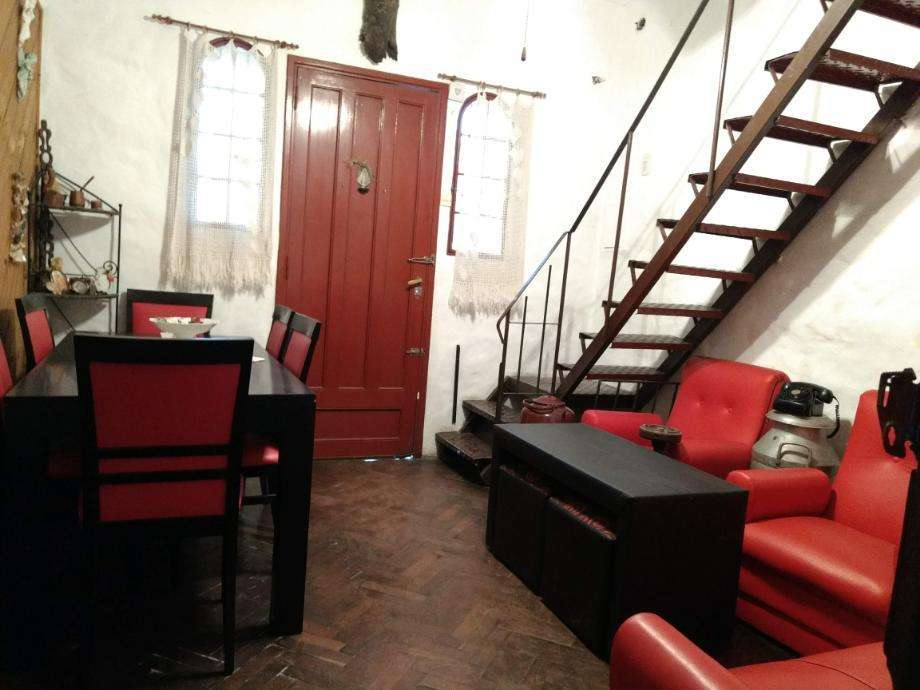 Departamento Tipo Casa en venta en Caseros