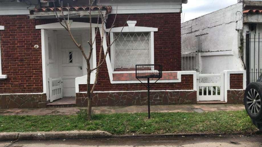 Casa en alquiler en Bernal Oeste