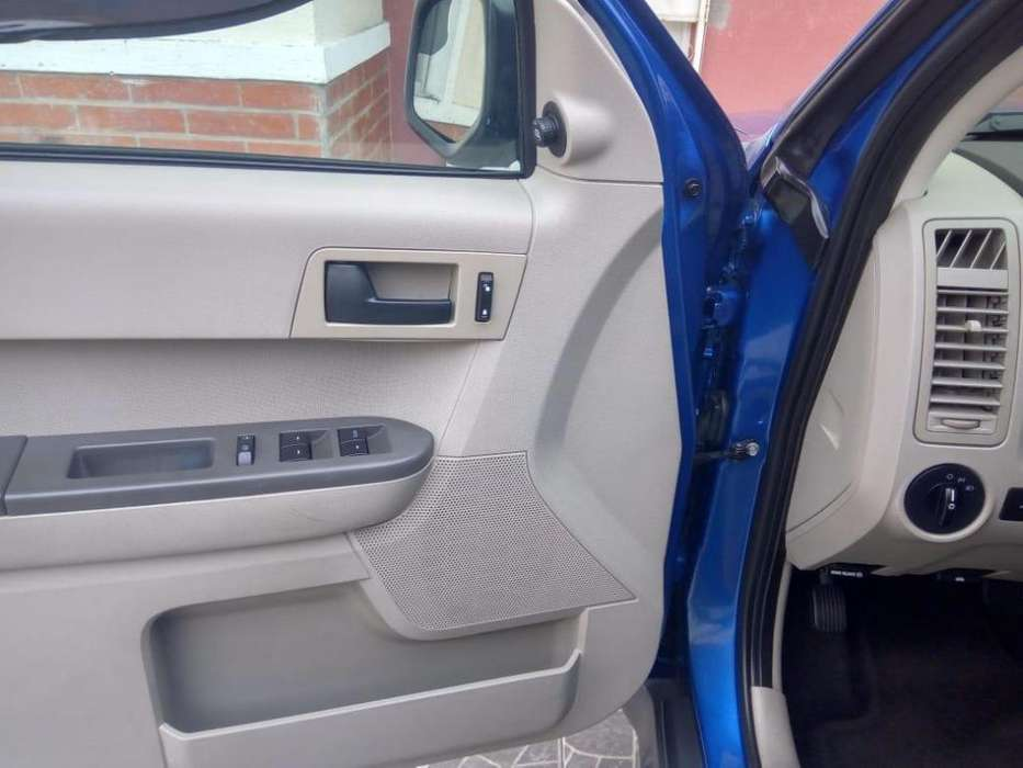 Ford Escape 2012 - 115000 km