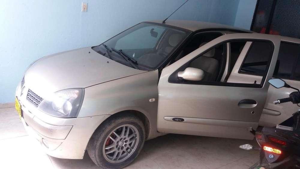 Renault Clio  2006 - 0 km