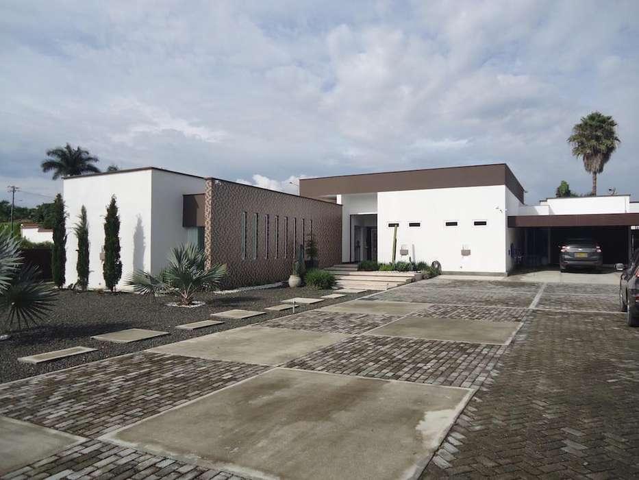 Moderna Casa Campestre en Pereira Malabar