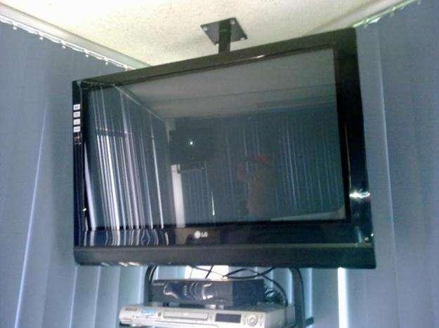 SOPORTE PARA TV, MONITORES Y DVD UNIVERSALES VARIOS MODELOS