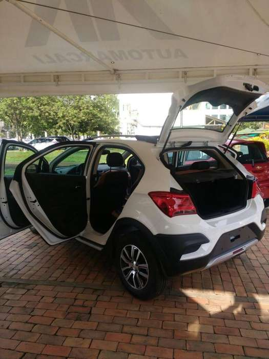 Chevrolet Onix 2017 - 1080 km