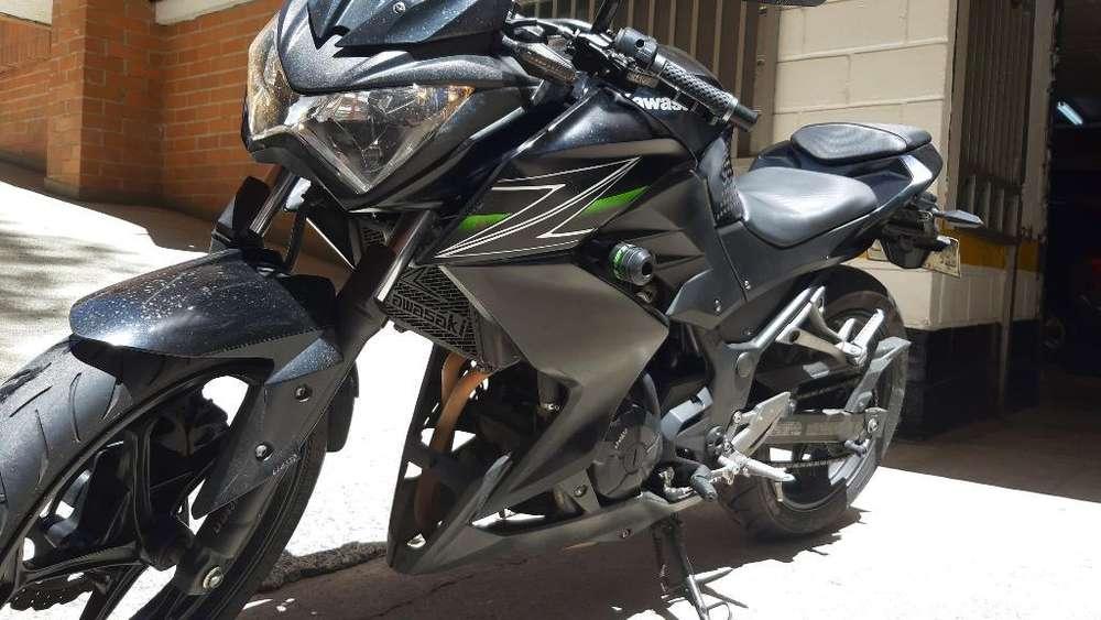Vendo <strong>kawasaki</strong> Z250