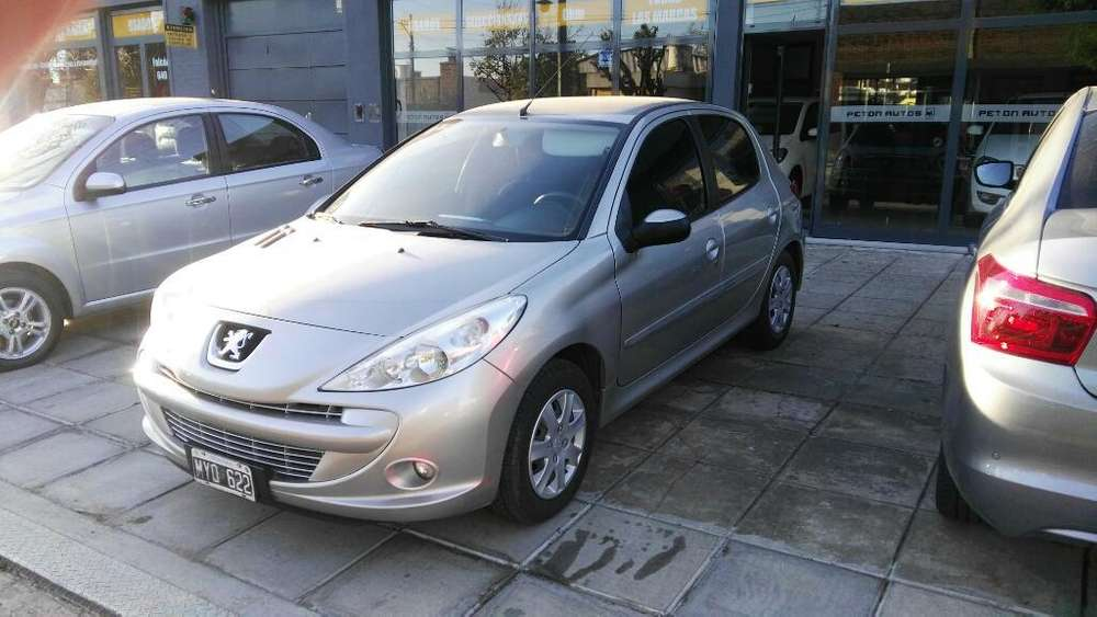<strong>peugeot</strong> 207 Compact 2013 - 107000 km