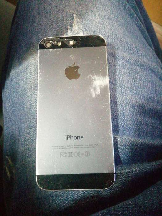 iPhone 5 en Buen Estado 7de 10
