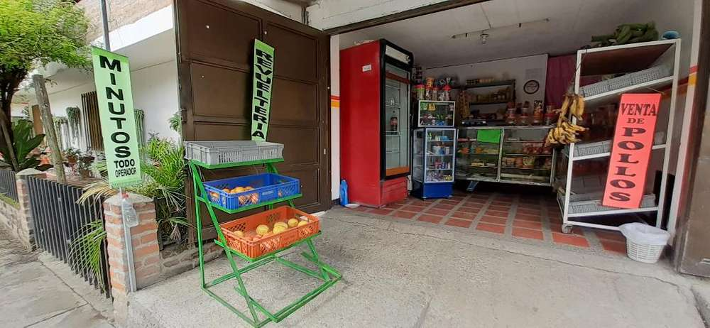 Montaje para Tienda Y Revuelteria