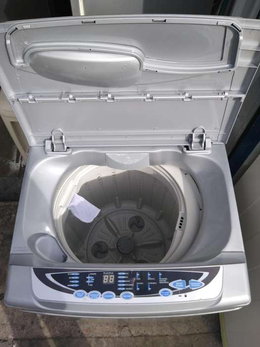 Lavadora Totalmente Digital de 18 Libras