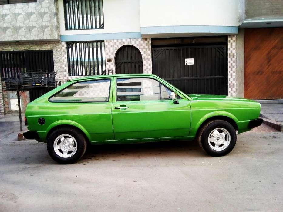 Volkswagen Gol 1982 - 10000 km