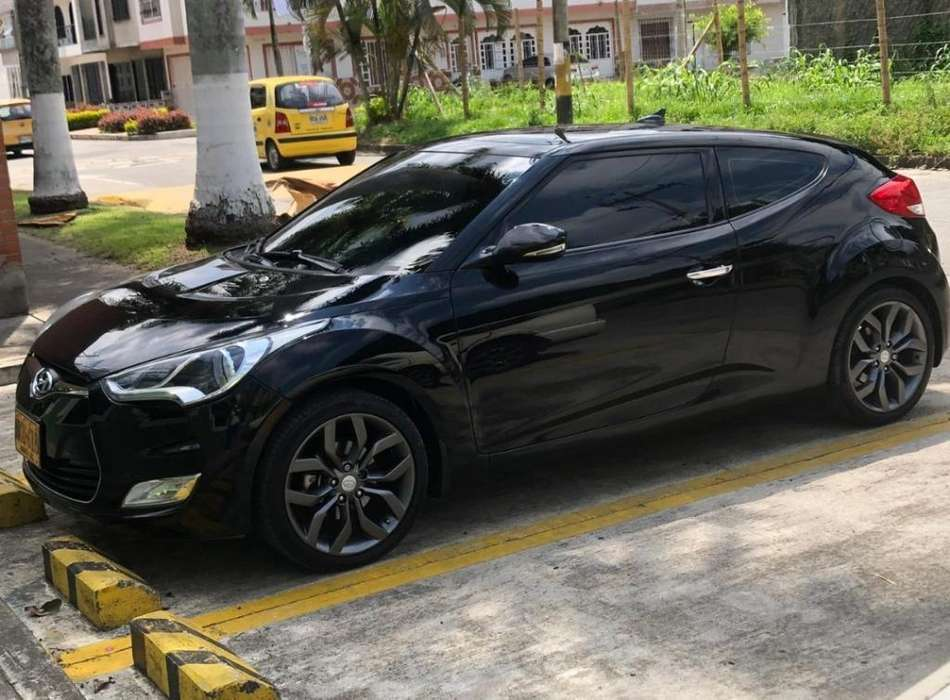 <strong>hyundai</strong> Veloster 2013 - 80000 km