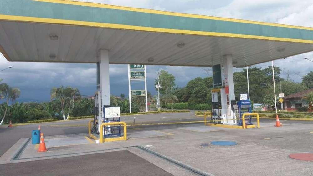Se Vende Bomba de Gasolina con <strong>local</strong>es