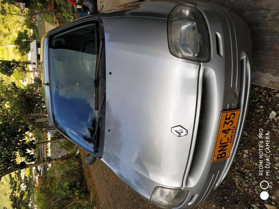 Renault Clio  2003 - 212000 km