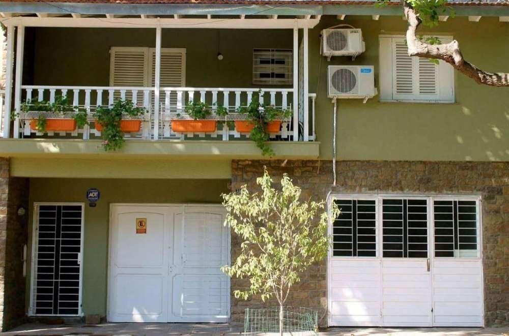 xd92 - Departamento para 4 a 6 personas con pileta y cochera en Ciudad De Mendoza