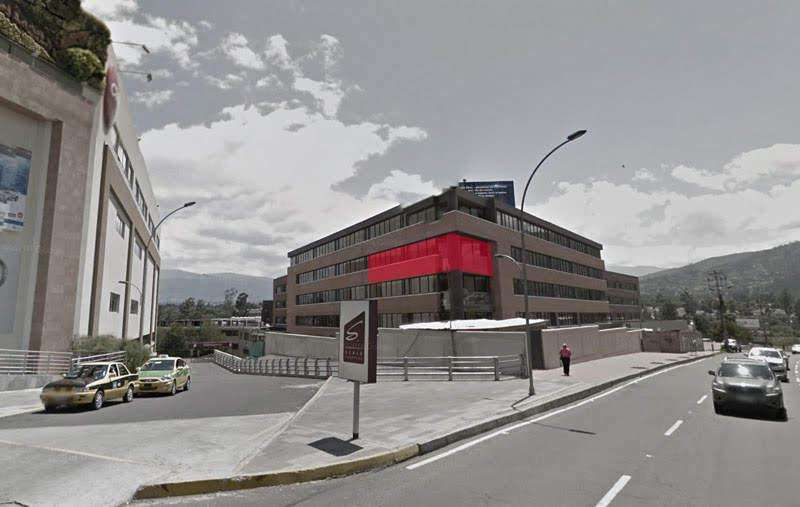 En Venta Consultorios en <strong>edificio</strong> Hospital de los Valles Etapa II Cumbaya Pichincha