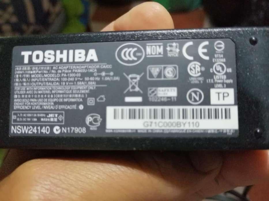 Cargador Laptop <strong>toshiba</strong> Original