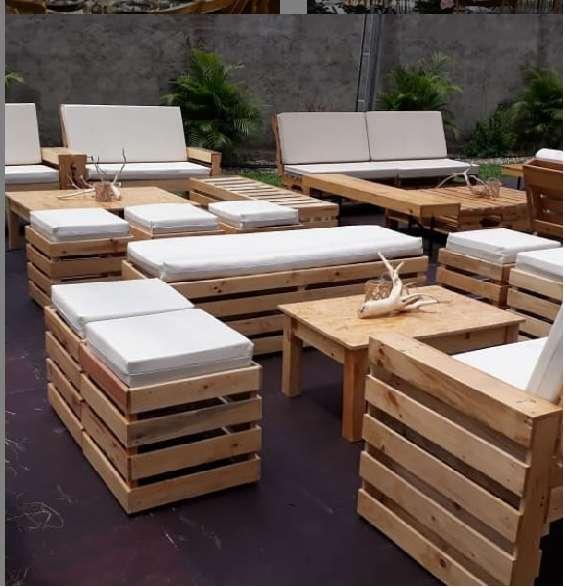 alquiler de salas lounge mesas vintage picnic mobiliario