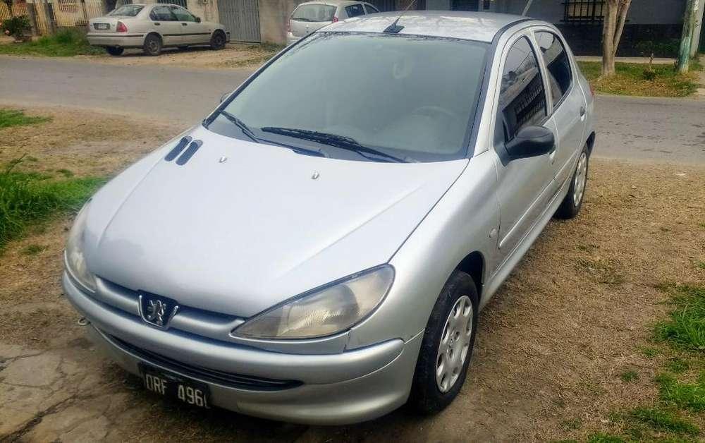 Peugeot 206 2001 - 184000 km