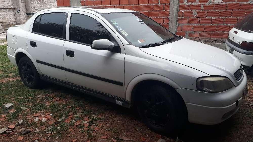 Chevrolet Astra 1999 - 150000 km
