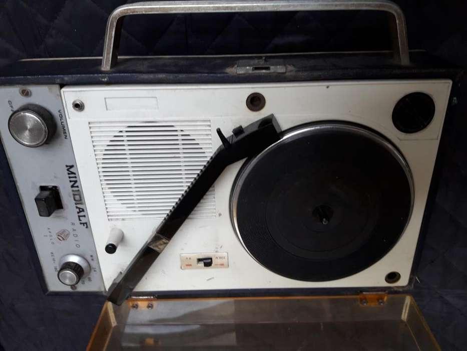 tocadisco y radio portatil