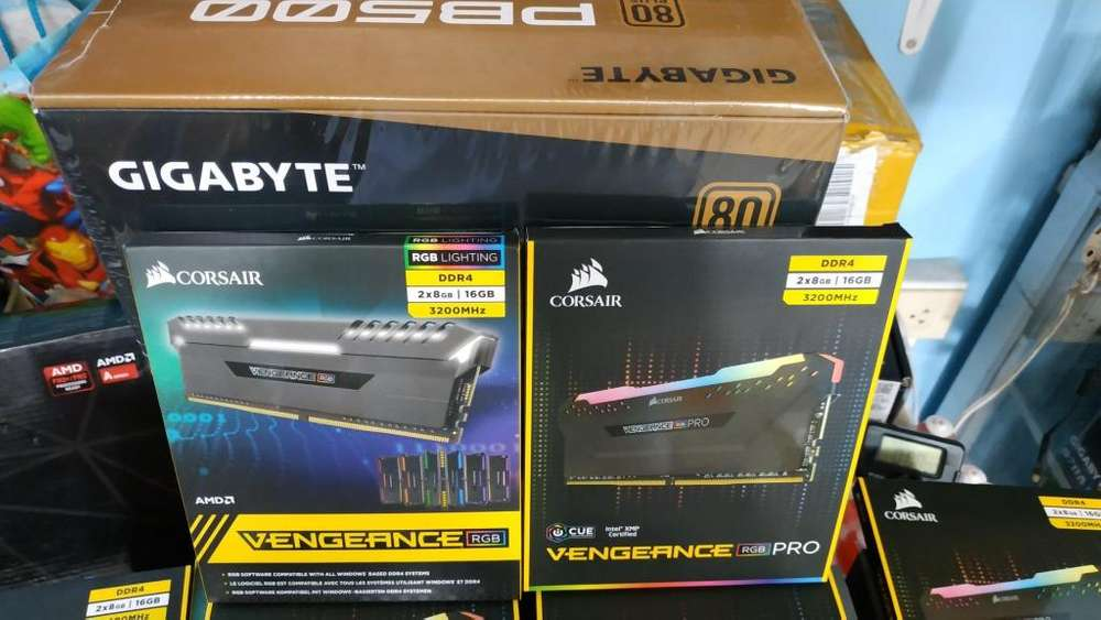 MEMORIA GAMING CORSAIR 16GB 3200 MHZ RGB