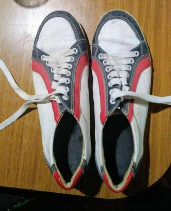 Zapatillas 43 o 44 buen estado