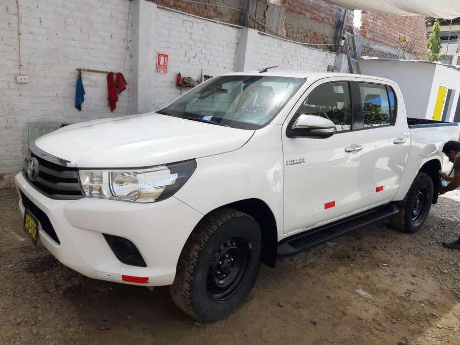 Toyota Hilux 2016 - 61200 km