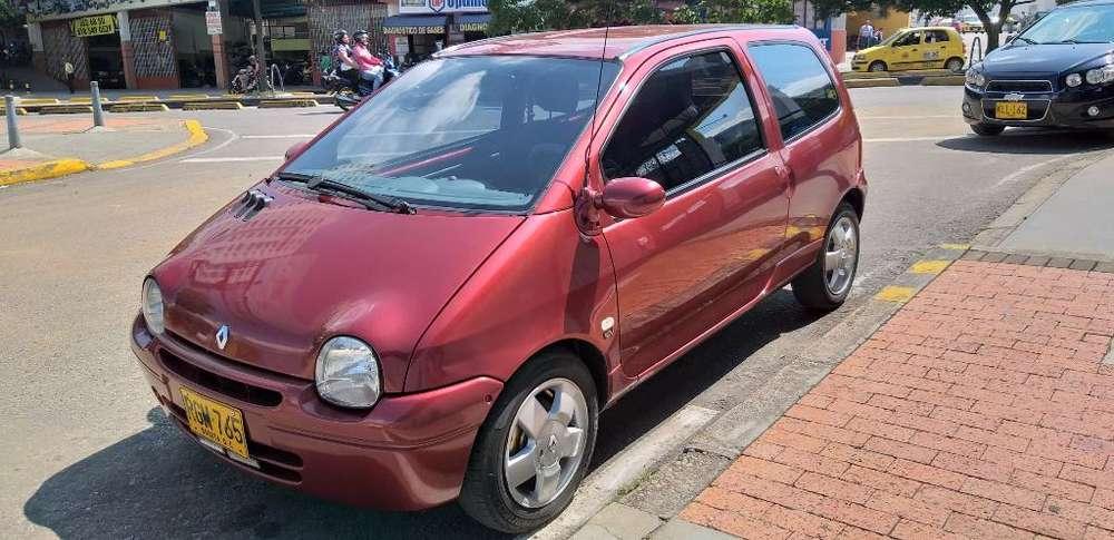 Renault Twingo 2011 - 105000 km