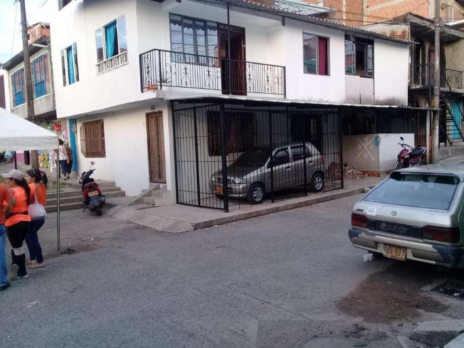 Vendo O Cambio Casa de 4 Apartamentos