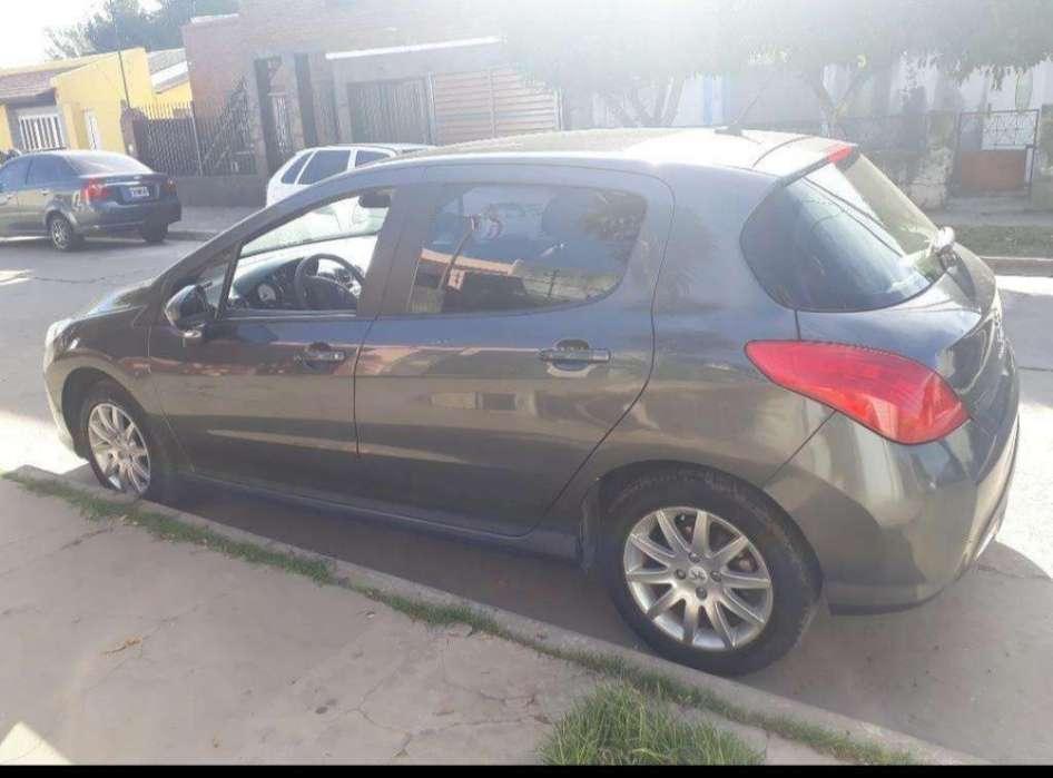 Peugeot 308 2013 - 87000 km
