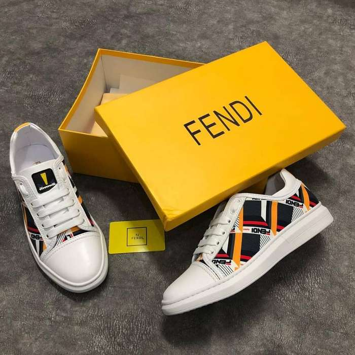 Tenis Fendi Colors
