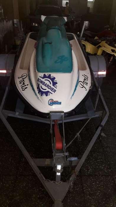 Vendo Moto de Agua Sea Doo 650cc 1997