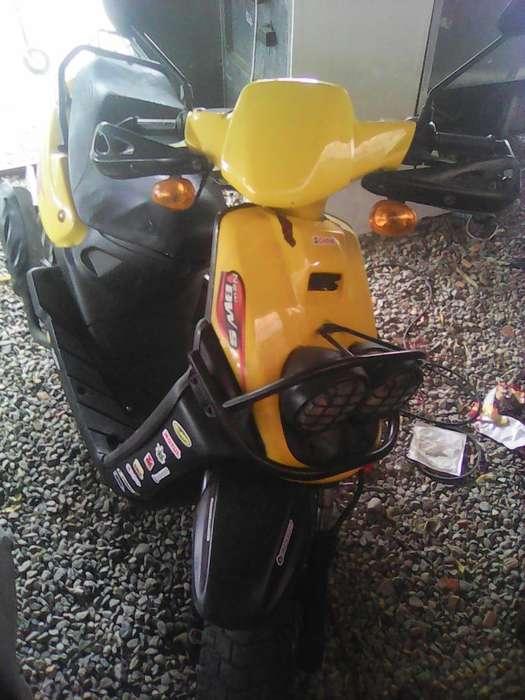Vendo Moto Biwis