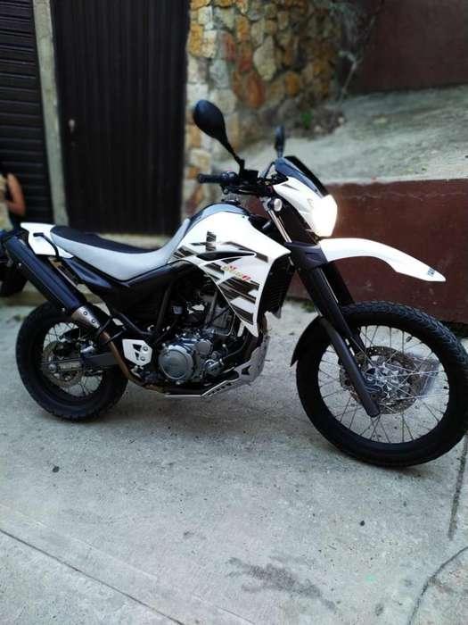 Vendo Moto Xt660