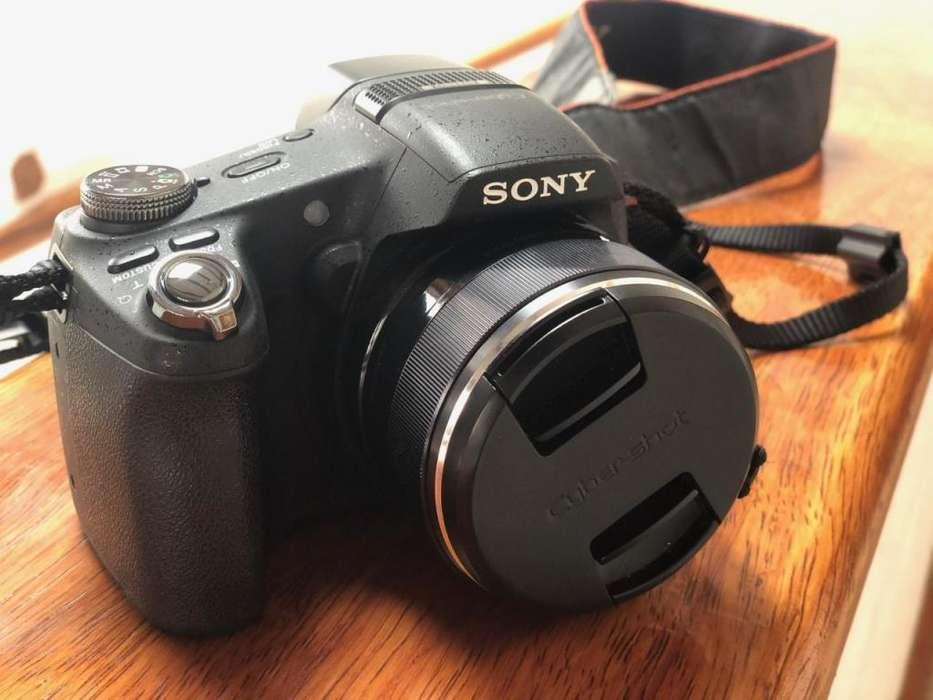 Camara Sony Cybershot DSC-HX100V