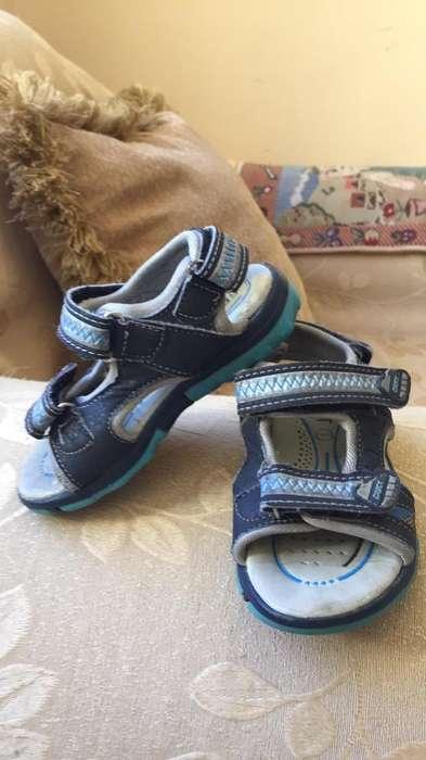 Zapatillas de Niño Talla 25