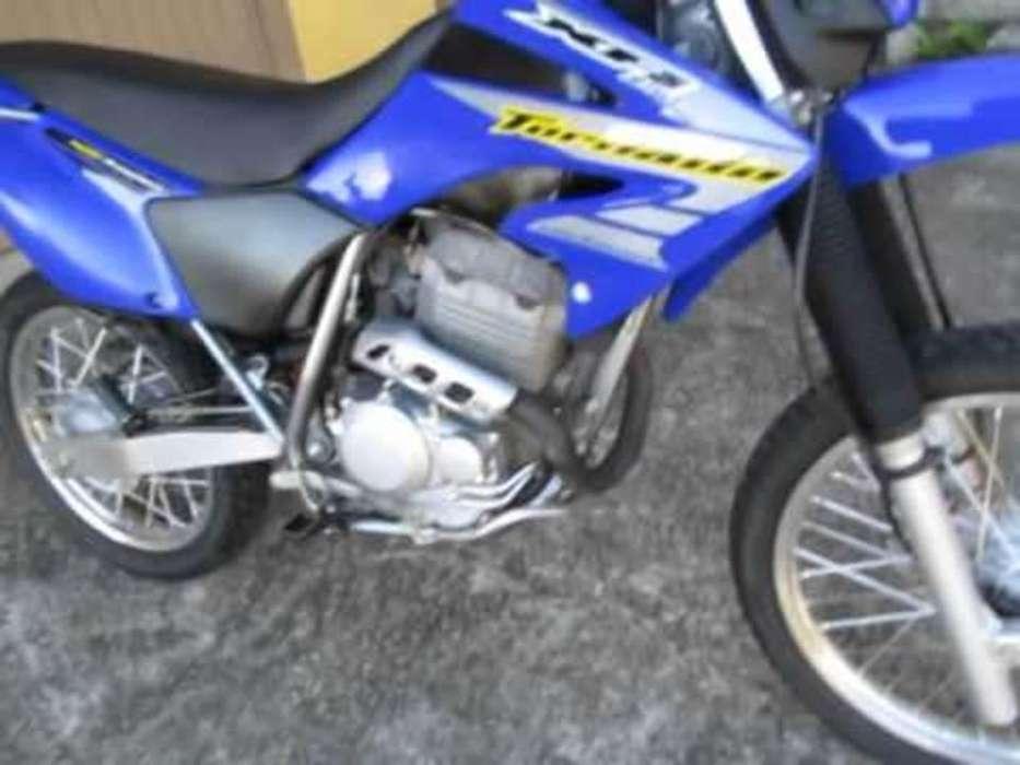 moto <strong>honda</strong> 250 precio 1.500 negociables sector sur de quito celular 0997663888