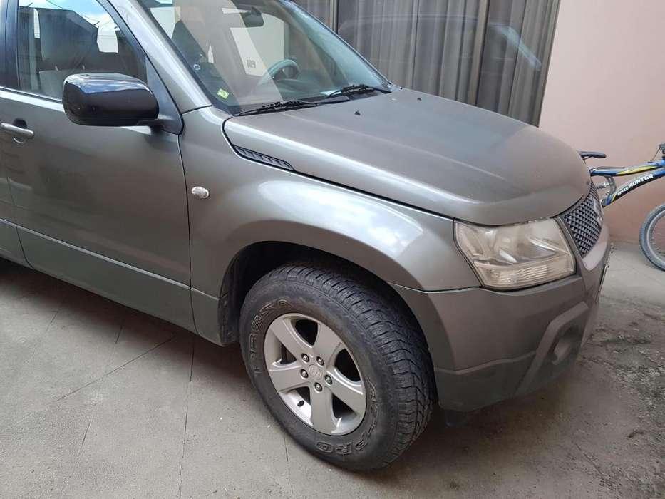 Suzuki Grand Vitara SZ 2009 - 155000 km